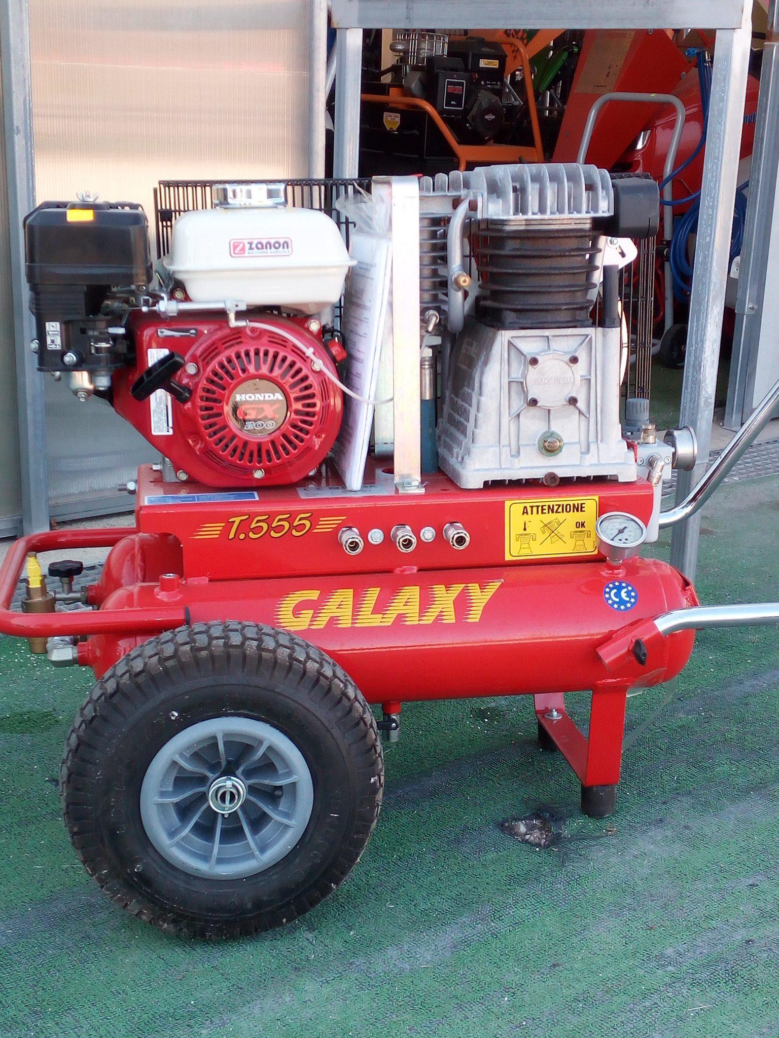 Compressore Galaxy per raccolta olive Agricentro Ariccia